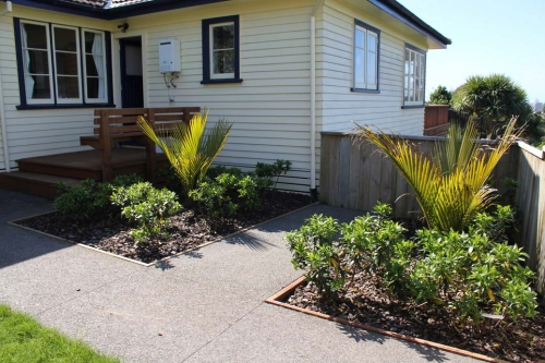 Soft Landscaping and Paving
